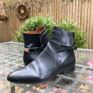 Chloé Black Flat Shoes